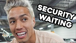 Download SKATER DODGES SECURITY!!! Video