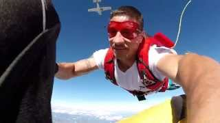 Download AFF Student pulls the Jumpmaster cutaway handle - EPIC! Video
