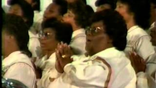 Download Bishop David Ellis and The Donald Vails Choraleers Part I Video