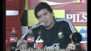 Download maradona insulta a toti pasman - vos la tenes adentro Video