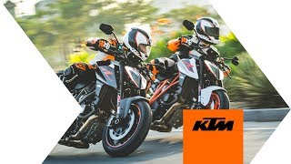 Download Converting the 1290 SUPER DUKE R from the Street to the Track Video