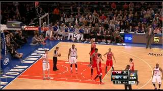 Download :} Fan at the Knicks Bulls game gets ejected for heckling players- Crowd turns on him Video