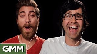 Download Spotting a Fake Laugh (Slo-Mo Experiment) Video