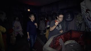 Download Ellen & Andy Visit the 'IT' Haunted House Video