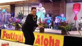 Download 2014 Richard Ho'opi'i Leo Ki'eki' Falsetto Contest - Music Judge Kamaka Kukona Hula Video