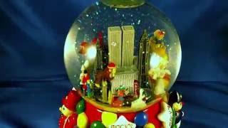 Download Macy's Thanksgiving Day Parade 2001 Snow Globe Music Box Video