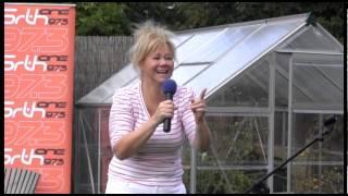Download Front Room Fringe Caroline Rhea Video