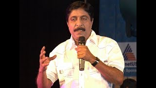 Download Sreenivasan's FUNNY speech about his two sons - Vineeth and Dhyan Video