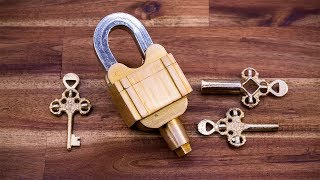 Download A Padlock with 3 Keys but no Keyholes - Illusion and Confusion Video