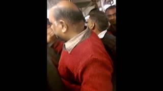 Download Fight in Delhi Metro (READ DESCRPTION) Video
