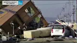 Download Weather Caught On Camera S04E12 Waves Wind And Snow Video