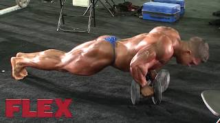 Download 2017 Mr. Olympia Pump Up Room; The 212 Division [FLEX Online] Video