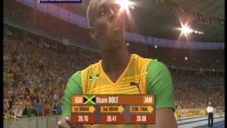 Download Usain Bolt 200m world record: 19.19!!! (+ Michael Johnson's reaction) Video