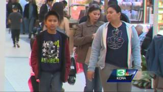 Download Unaccompanied teens kicked out of Arden Fair Mall Video