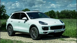 Download 2017 Porsche Cayenne S E-hybrid - overview, sound, drone footage and driving Video