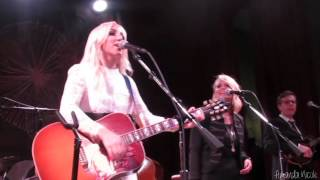 Download Heart Like Mine - Ashley Monroe/Miranda Lambert Video