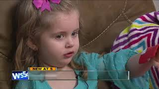Download 4-year-old saves grandma by calling 911 Video