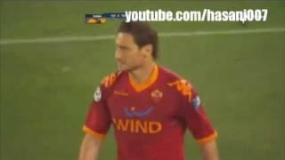 Download Totti Kicks Balotelli !! Video