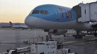 Download TRIPREPORT | TUI Airways Boeing 757-200 | EXTRA LEGROOM SEATS | Lanzarote to Glasgow Video