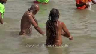 Download Naga Sadhus attend 'Shahi Snan' during Nashik Kumbh Video