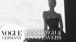 Download Peter Lindbergh fotografiert Anna Ewers | VOGUE Behind the Scenes Video