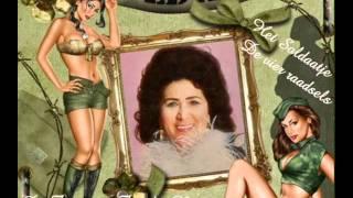 Download Het Soldaatje (De vier raadsels) - De Zangeres Zonder Naam Video