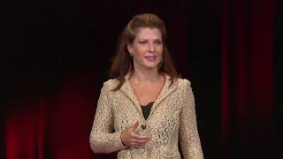 Download Making peace with the portrait | Kelly Mellos | TEDxSanDiego Video