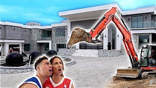 Download NEW CONSTRUCTION AT THE ACE FAMILY HOUSE!!! Video