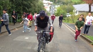 Download Cycling up the steepest street in the World in New Zealand Video