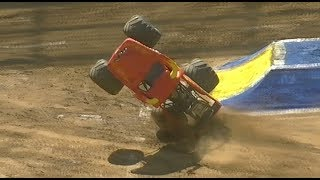 Download Monster Jam parc OL 2017 Crash Big Jump Limits Show Video