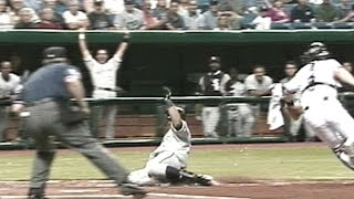 Download Konerko hits an inside-the-park home run Video