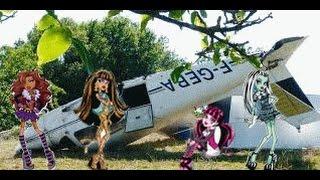 Download L'accident d'avion Partie 1 - monster high Video