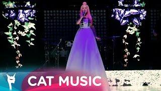 Download Delia - Ce are ea (Official Video Live) Video