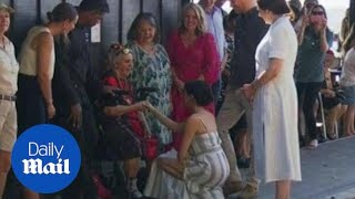 Download Prince Harry and Meghan Markle meet with locals on Fraser Island Video