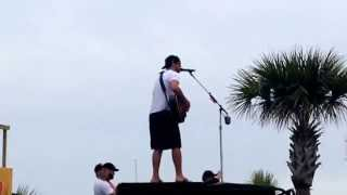 Download Luke Bryan gets hit in the face. PCB 2015 Video