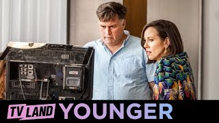 Download 'Miriam Shor's Directorial Debut' Ep.5 BTS  | Younger (Season 5) | Paramount Network Video
