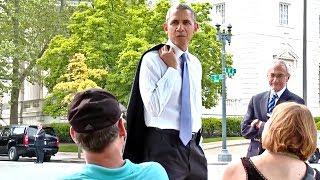 Download President Obama Walks The Washington Mall Video