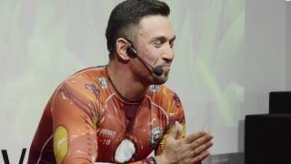 Download Everyone of us is a Great Orator | Iskander Urmancev | TEDxZelenayaRoscha Video
