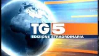Download TG5 - Edizione straordinaria n. 3 (corto) (omaggio a Elio e le Storie Tese) Video