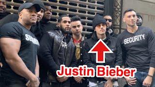 Download Fake Justin Bieber Pranks 10,000 People In New York City! Video