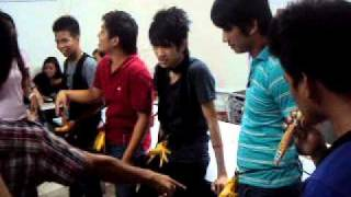 Download isubo mo saging ko.AVI Video