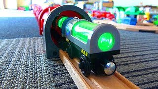 Download Subway long tunnel & green glow train, wooden Thomas & Tayo Brio trains Video