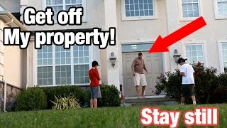 Download THE MANNEQUIN CHALLENGE ON STRANGERS DOOR STEP! *SO FUNNY* MUST WATCH! Video