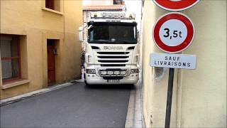 Download SCANIA V8 Amazing Trucks Driving Skills superbe manoeuvre à Prades rue des Fontaines Video