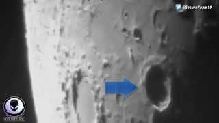 Download SHARE NOW!! LEAKED GOV VIDEO OF ALIEN SHIP LEAVING MOON & CLOAKING ITSELF 2015 Video