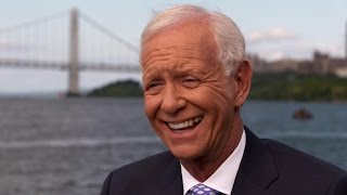 Download ″Sully″ Sullenberger returns to the Huson River Video