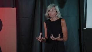 Download A Traição Mudou Minha Vida, Para Melhor, aos 60 | Isabel Dias | TEDxBlumenauSalon Video