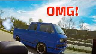 Download BMW M3 vs VW T3 Video