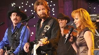 Download 💜 Brooks & Dunn 💜 Reba 💜 Cowgirls Don't Cry 💜 Live Performance 💜 Video