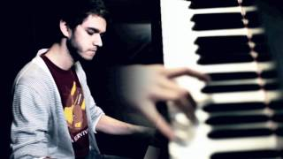 Download Zedd - Spectrum [Piano Version] Video